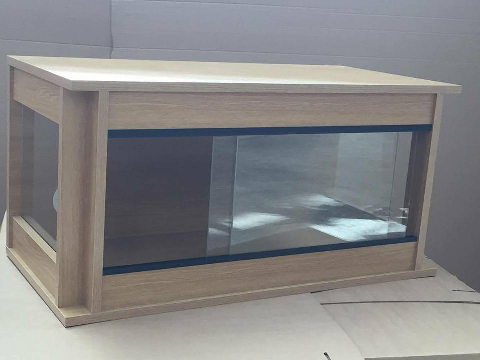 Glass sided 150cm x 90cm x 45cm 60x36x18 flat packed for 18 x 60 window